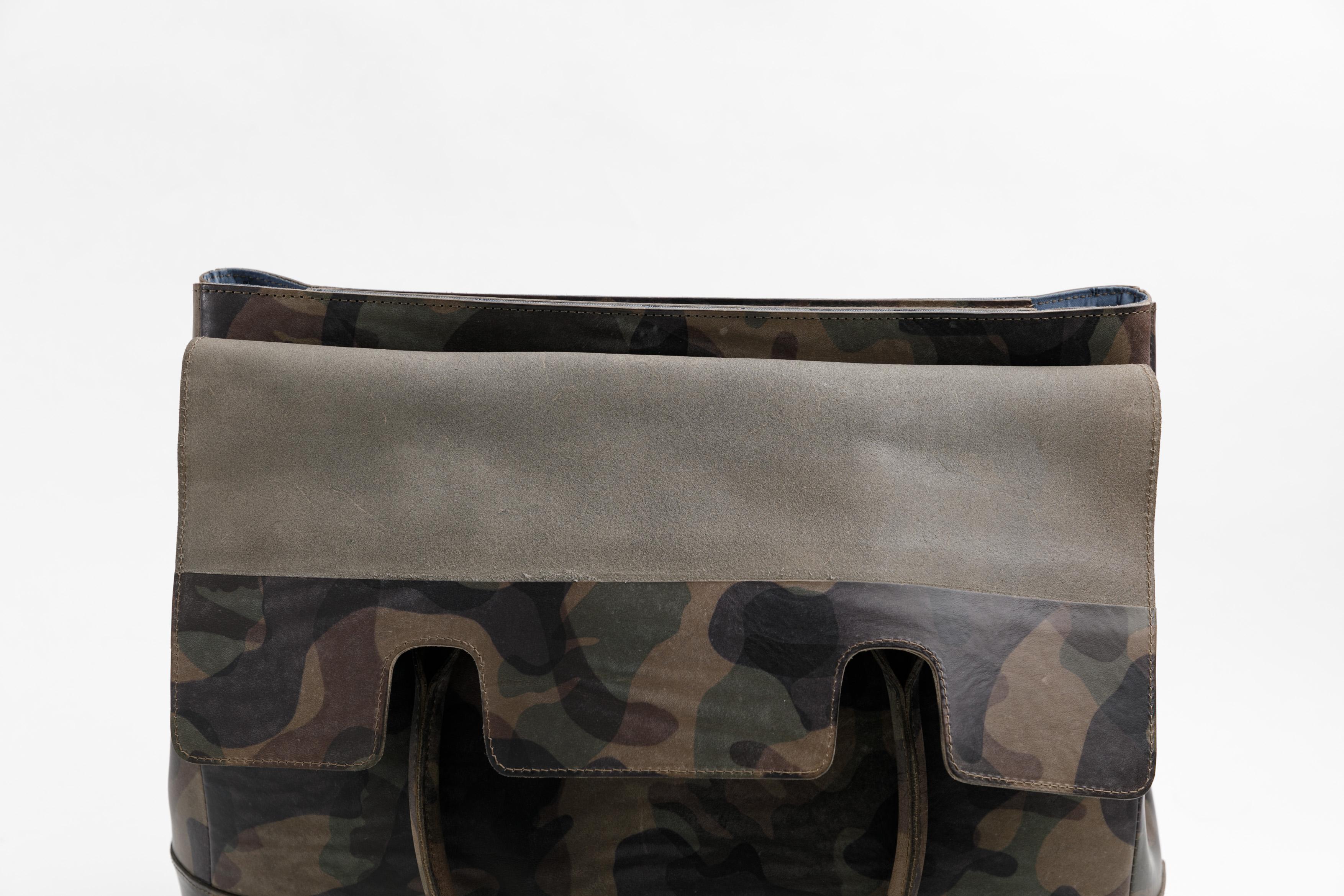 フラップトートバッグ 底面写真
